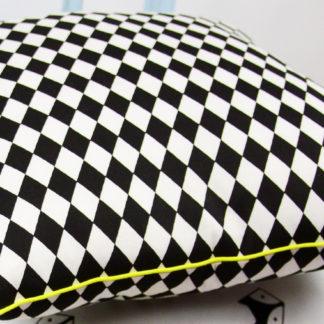 poszewka na poduszkę romb czarny